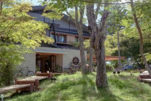ロッジ、キャビン、キャンプ…白樺の森で過ごす「TINY GARDEN 蓼科」グランドオープン!